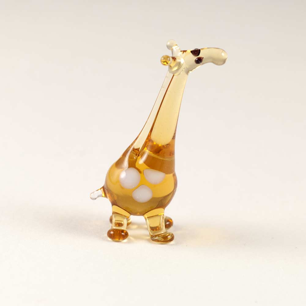 Giraffe mini glass figurine
