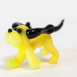 Glass Yellow Doggy, fig. 1