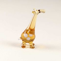 Miniature Glass Giraffe, fig. 1